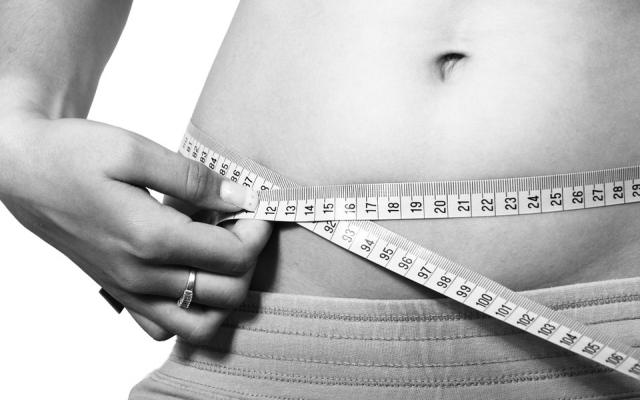 Częste stosowanie diet powoduje przybieranie na wadze